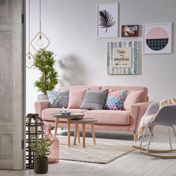 Ideas para colocar los cojines en el sofá