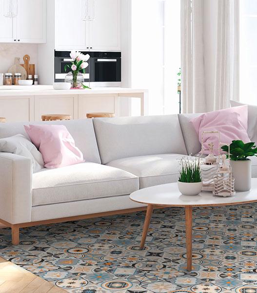 Ideas para decorar delante del sofá con alfombras vinílicas