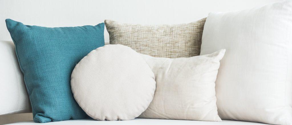 cojines-para-sofá-azul